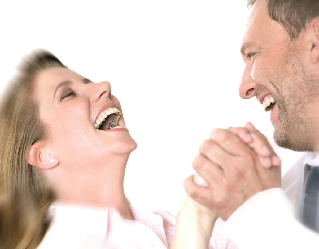 Incognito Zahnspange - unsichtbare, festsitzende Zahnspange