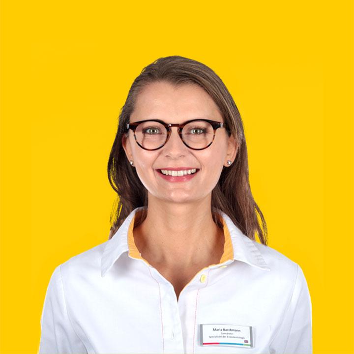 Maria Barchmann, Zahnärztin mit Tätigkeitsschwerpunkt Endodontie (Wurzelbehandlung)